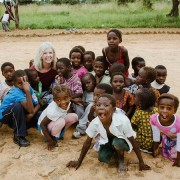 cindy-finley-of-rivercross-with-zambian-children